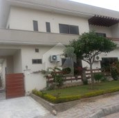 3 Bed 1 Kanal Upper Portion For Rent in DHA Phase 1 - Sector E, DHA Defence Phase 1