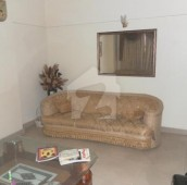 3 Bed 6 Marla Flat For Sale in Clifton - Block 2, Clifton