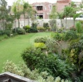 3.7 Kanal House For Sale in Gulberg, Lahore