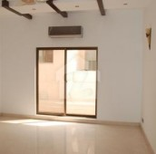 5 Bed 1 Kanal House For Sale in Zaman Park, Lahore
