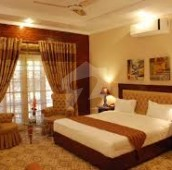 7 Bed 1.3 Kanal House For Sale in F-7, Islamabad