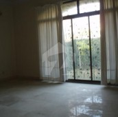 5 Bed 1 Kanal House For Sale in F-11/3, F-11