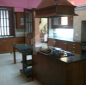 7 Bed 4 Kanal House For Sale in F-6/3, F-6