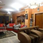 10 Bed 1.4 Kanal House For Sale in Gulistan-e-Jauhar - Block 15, Gulistan-e-Jauhar