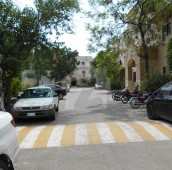 3 Bed 8 Marla Flat For Sale in Rehman Gardens, Lahore