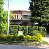 4 Bed 1.24 Kanal House For Sale in F-8/4, F-8