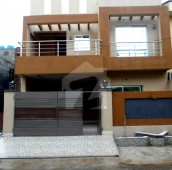 5 Bed 8 Marla House For Sale in Johar Town Phase 2 - Block H1, Johar Town Phase 2