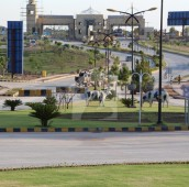 10 Marla Residential Plot For Sale in Bahria Enclave, Bahria Town