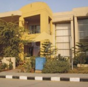 8 Marla House For Sale in Bahria Town Phase 8, Bahria Town Rawalpindi