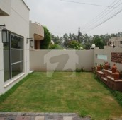 5 Bed 1 Kanal House For Sale in Gulberg, Lahore