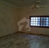3 Bed 1 Kanal Upper Portion For Rent in DHA Phase 7, D.H.A