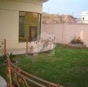 5 Bed 1.78 Kanal House For Sale in F-7/2, F-7