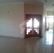 4 Bed 16 Marla Lower Portion For Sale in Gulistan-e-Jauhar - Block 10, Gulistan-e-Jauhar