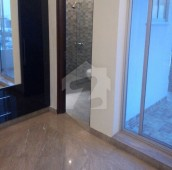 5 Bed 1 Kanal House For Sale in DHA Phase 4 - Block EE, DHA Phase 4
