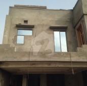 5 Bed 7 Marla House For Sale in Bahria Town Phase 8 - Abu Bakar Block, Bahria Town Phase 8 - Safari Valley