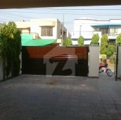 3 Bed 1 Kanal Upper Portion For Rent in DHA Phase 4 - Block HH, DHA Phase 4