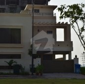 5 Bed 11 Marla House For Sale in Bahria Enclave, Bahria Town