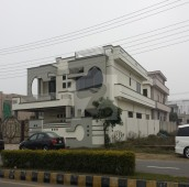 7 Bed 1 Kanal House For Sale in Garden Town, Gujranwala