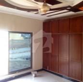 5 Bed 8 Marla House For Sale in Bahria Town Phase 8 - Abu Bakar Block, Bahria Town Phase 8 - Safari Valley