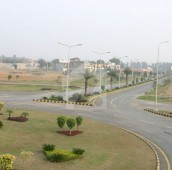 10 Marla Residential Plot For Sale in Park View Villas, Lahore