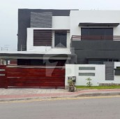 8 Bed 1 Kanal House For Sale in Bahria Town Phase 3, Bahria Town Rawalpindi