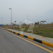10 Marla Residential Plot For Sale in Bahria Town Phase 8 - Sector F-1, Bahria Town Phase 8