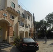 3 Bed 9 Marla Flat For Sale in Rehman Gardens, Lahore
