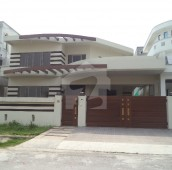 4 Bed 11 Marla House For Sale in G-13/2, G-13
