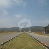 10 Marla Residential Plot For Sale in F-17/2, F-17