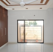 6 Bed 1 Kanal House For Sale in Garden Town, Lahore
