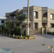 6 Bed 1 Kanal House For Sale in F-11, Islamabad