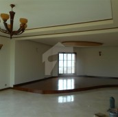 3 Bed 666 Sq. Yd. Upper Portion For Rent in DHA Phase 6, D.H.A