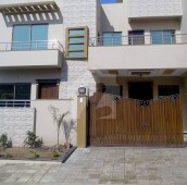 7 Bed 10 Marla House For Sale in G-13/2, G-13