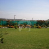 5 Bed 5 Kanal Farm House For Sale in Naval Farms , Islamabad