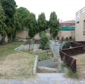 5 Bed 2 Kanal House For Sale in Sarwar Road, Cantt