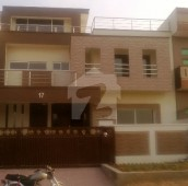 7 Bed 10 Marla House For Sale in G-13/3, G-13