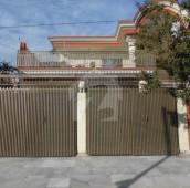 6 Bed 1 Kanal House For Sale in Hayatabad Phase 1 - E3, Hayatabad Phase 1