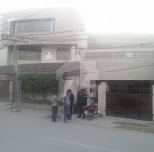 9 Bed 2.5 Kanal House For Sale in Gulberg 2, Gulberg