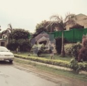 5 Bed 2 Kanal House For Sale in F-8, Islamabad