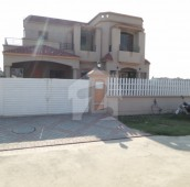 3 Bed 12 Marla House For Sale in Lake City, Lahore