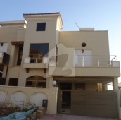 5 Bed 7 Marla House For Sale in Bahria Town Phase 8 - Abu Bakar Block, Bahria Town Phase 8 - Safari Valley