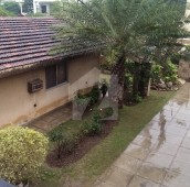4 Bed 2 Kanal House For Sale in Garden Town, Lahore