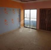4 Bed 2,700 Sq. Ft. Flat For Sale in Gulistan-e-Jauhar - Block 10, Gulistan-e-Jauhar