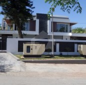 8 Bed 1.07 Kanal House For Sale in F-7/4, F-7