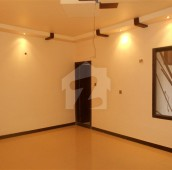 3 Bed 200 Sq. Yd. Upper Portion For Sale in Gulshan-e-Iqbal - Block 6, Gulshan-e-Iqbal