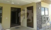 30x70 Brand New House 4 Bedrooms Study Room Servant Room