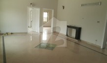 5 Beds House For Rent In F6