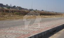 1 Kanal 90 Square Feet  Possession Plot Demand 130 Lac