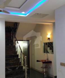 5 Bed 10 Marla House For Sale in Garden Town, Lahore