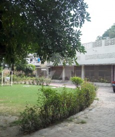 5 Bed 10 Kanal House For Sale in Gulberg 2, Gulberg